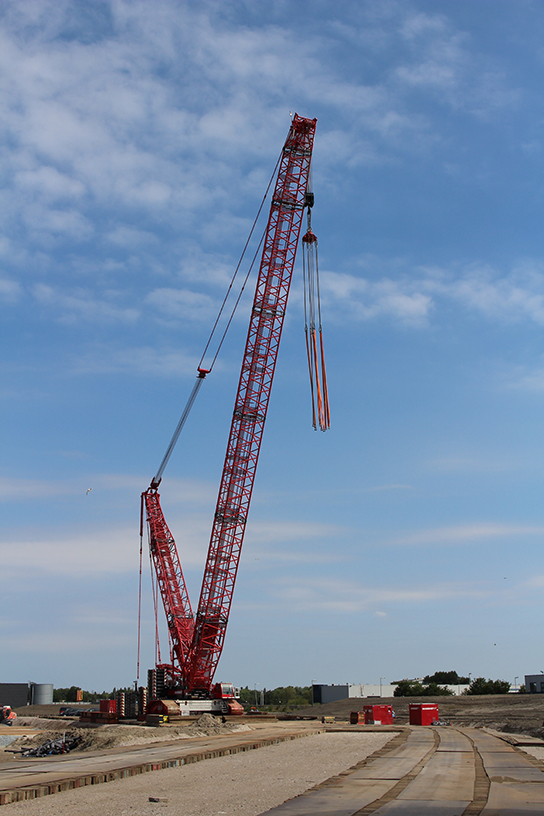 A LR1500 crawler crane will make its way to Kazakhstan, such as the one seen here on a project in Holland.